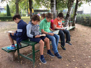 4M Reading Under The Trees 5